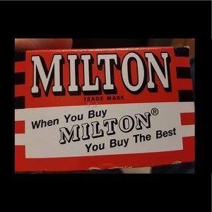 Meet your Posher, Milton